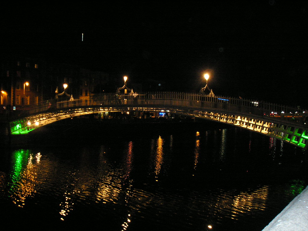 H'Penny Bridge, Dublino