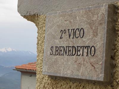 Targa in marmo a Viggiano