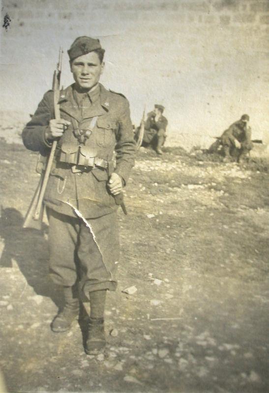 Marzo 1942, soldato montese in Albania