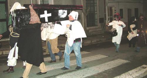 Il funerale di Carnevalone
