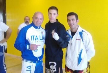 Kickboxing: Michele Dichio (Maestro Gino Clemente) al collegiale con il tecnico della Nazionale low kick